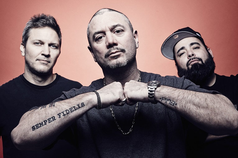 Loco - Fun Lovin' Criminals