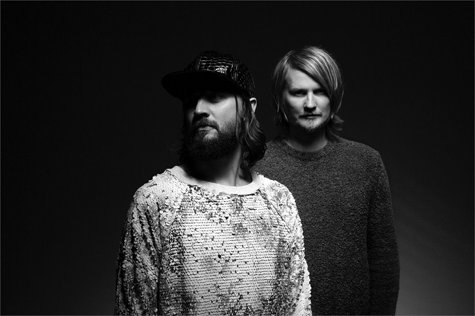 The Girl And The Robot - Royksopp feat. Robyn