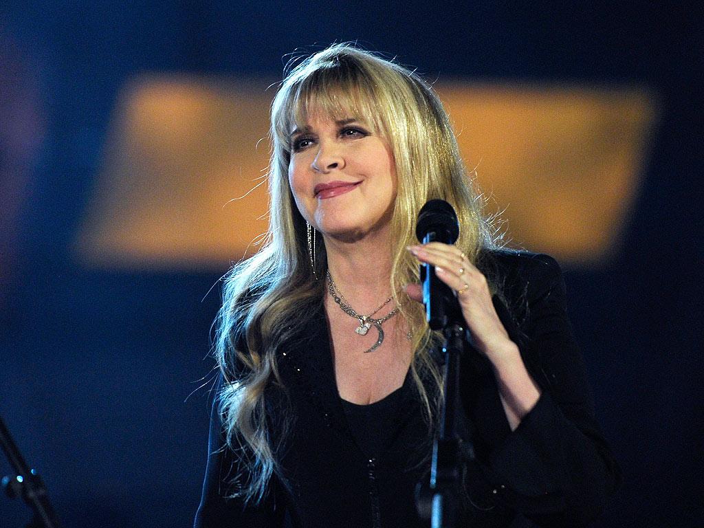 Talk To Me - Stevie Nicks