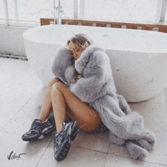 Пряталась в Ванной (Remix) - Мари Краймбрери
